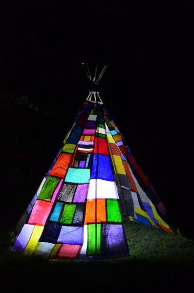 An amazing teepee design to prove the amazing things you can make and use from recycled plastics, beginning to wish the shops in Britain would bring back the plastic bags now. How fuse plastic bags