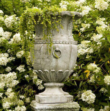 Rhinelander Fiberstone Urn Planter In 2020 Garden Urns Urn