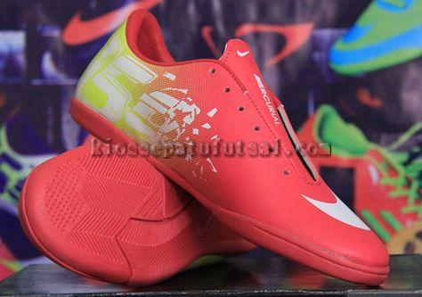Pin Oleh Sepatu Futsal Di Sepatu Futsal Nike Merah Dan Sepatu