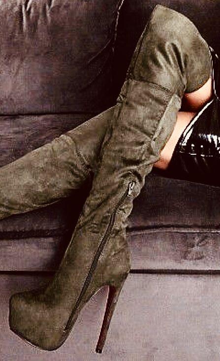 Pin By Sylwester Smaglowski On Kozaki Buty Nice Shoes Boots Heels