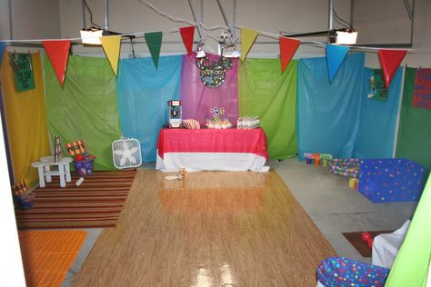 Decorate The Inside Of A Garage For Party