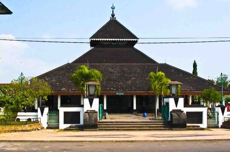 Masjid Agung Demak Is One Of The Oldest Mosques In Indonesia