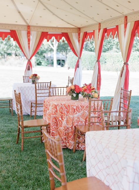 Photography: Elizabeth Messina - instagram.com/elizabethmessina  Read More: http://www.stylemepretty.com/2015/02/09/colorful-fall-bear-flag-farm-wedding/