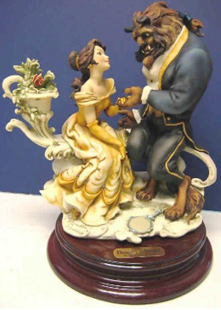 belleza y la bestia estatuilla Nuevas Damas Disney Princesa Belle inglés