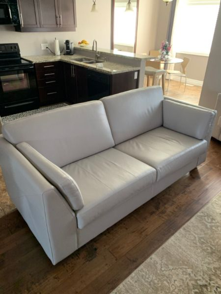 Kijiji Kitchener Sectional Sofas In 2020 Sectional Sofa Sectional Large Sofa