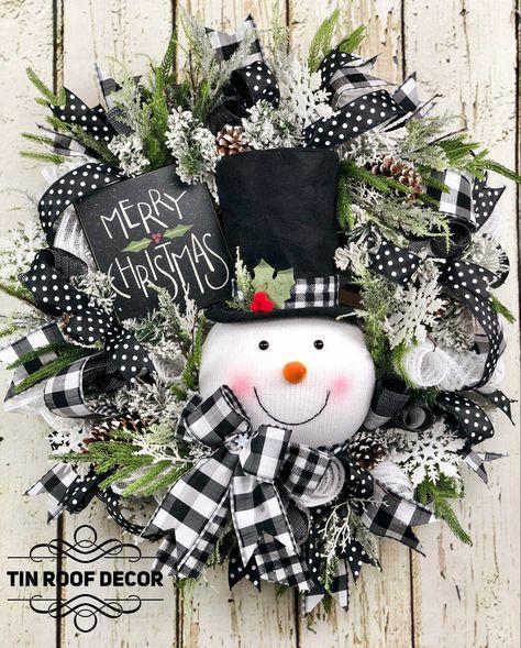 Christmas Wishes, Christmas Snowman, Christmas Holidays, Christmas Wreaths, Christmas Decorations, Snowman Wreath, Farmhouse Christmas Decor, Deco Mesh Wreaths, Holiday Crafts