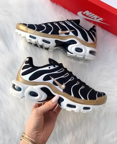 sneakers women, Nike womens athletic shoes