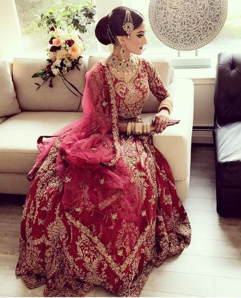 """4,265 Likes, 18 Comments - Pakistan Vogue (@pakistanvogue) on Instagram: """"One of our favourite IVY bridal couture #weddingideas #couture #pakistanvogue #theivy #ivybridal…"""""""