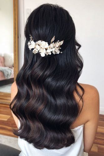 86 Chic Looks With Elegant Wedding Hairstyles Asian Wedding Hair Hair Styles Wedding Hair Half