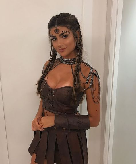 62 Scary Halloween Costumes Ideas for Women Unique Creative and Funny Look