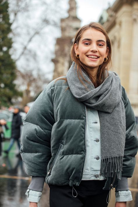 See what the models are wearing off duty during Paris Couture Week – Of The Minute See what the mode