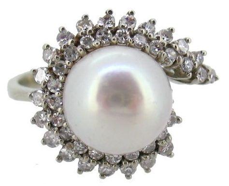 2b52b4089421 Catawiki pagina online de subastas Sortija con Perla y Diamantes (8 8) en oro  blanco 18Kt con Certificado Gemologico