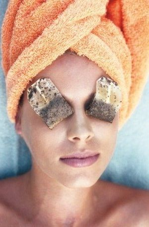 4 Simple Ways To Remove Dark Circles Completely: Tea bags are also considered as a beneficial treatment for dark circles. Place one cold tea bag on each eye and let it rest for a while. Pat it dry and you will see your eyes rejuvenated.