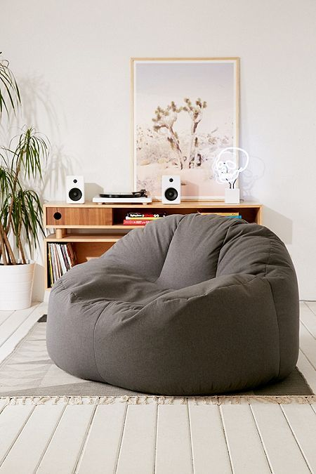 Pin By Marie Daniele Giard On Tableau Justine In 2020 Bean Bag Chair Furniture Home Decor Trends
