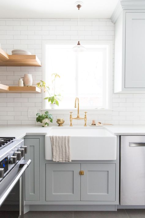 This traditional kitchen features our Glazed Thin Brick in ...