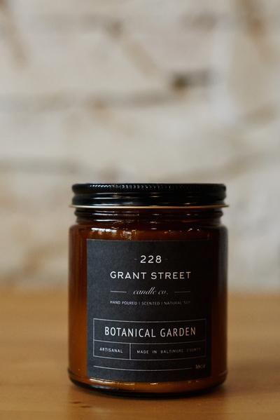 Botanical Garden | Amber Jar