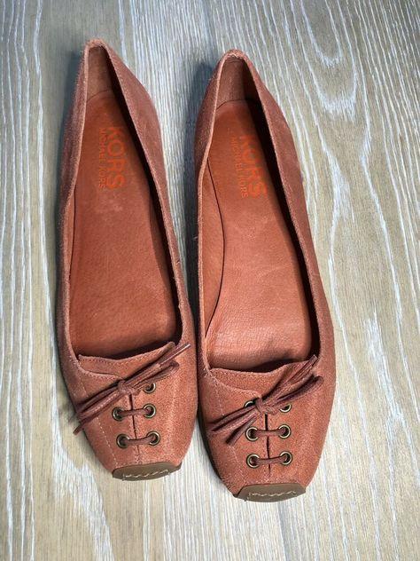 BOC Born Concept Soft Black Embossed Suede Leather Ballet Flats Shoes Sz 8//39