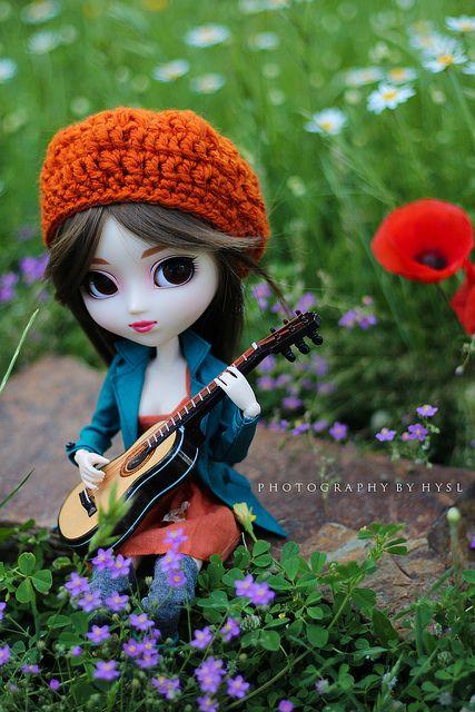 Sabrina | ¡¡¡ Muchas felicidades Isa !!! Sabrina con su guit… | Flickr