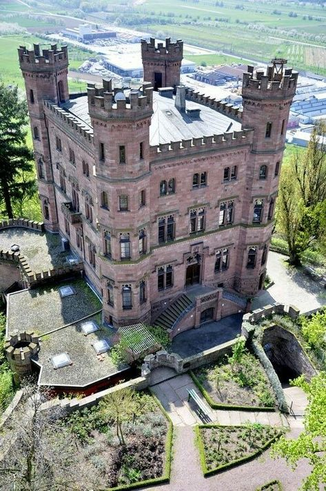 Castles & Manor Houses — doyoulikevintage: Ortenberg castle