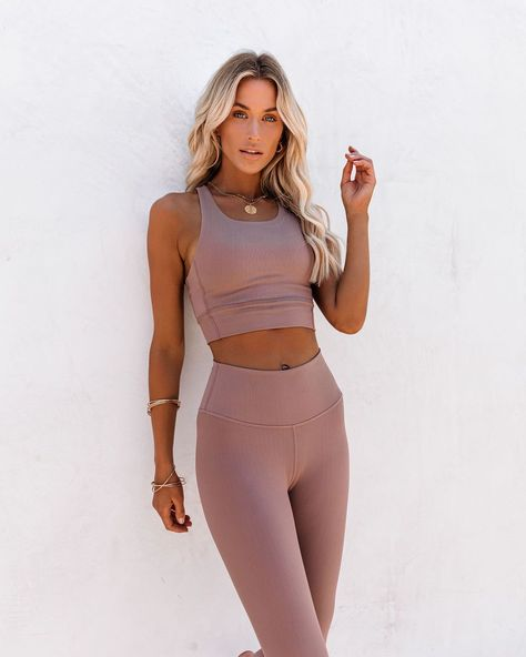 Cute Workout Outfits, Workout Attire, Womens Workout Outfits, Workout Wear, Cute Outfits, Yoga Outfits, Workout Style, Fitness Outfits, Sports Bra Outfit