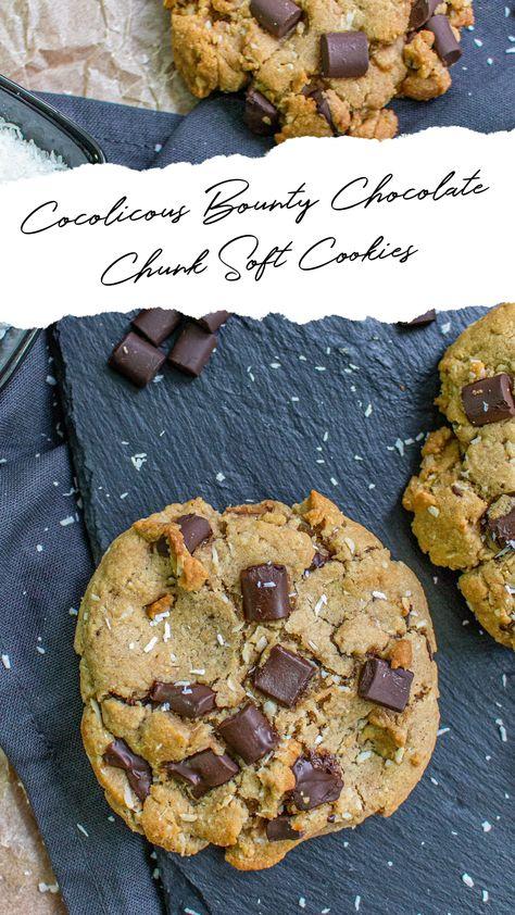Cocolicous Bounty Chocolate Chunk Soft Cookies #cookies #softcookies #vegangermany #chocolate #cocos #kokos #vegan #sweets #vegansweets #veganbakery #fresh #homemade #vegangermany #bakery #vegandeutschland #fortheheartskitchen