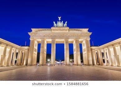 Brandenburg Gate In Berlin Germany At Twilight Architecture Barrier Berlin Brandenburg Brandenburg Gate In 2020 Brandenburg Gate Brandenburg Berlin Germany
