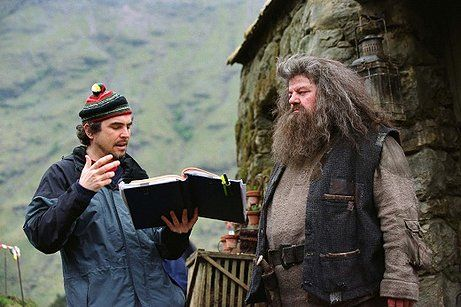Harry Potter Behind The Scenes Google Search Prisoner Of Azkaban Alfonso Cuaron Harry Potter Movies