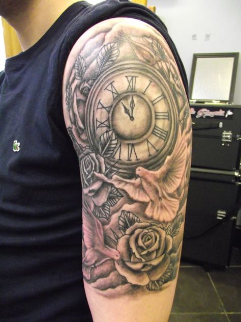 custom tattooing by Paul Butler