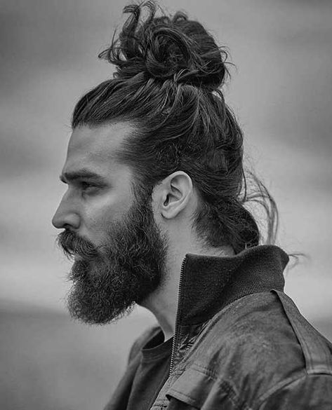 Messy High Bun ❤ Fancy trying the famous man bun? Let us show you how to wear it right! Top knot variations, messy hipster looks with braids, undercut bun hairstyles with fade and beard, ideas for curly hair, and a lot of inspo are here! Man Bun Haircut, Man Bun Hairstyles, Mens Hairstyles With Beard, Hair And Beard Styles, Curly Hair Styles, Medium Hairstyles For Men, Man Bun Styles, Great Haircuts, Haircuts For Men