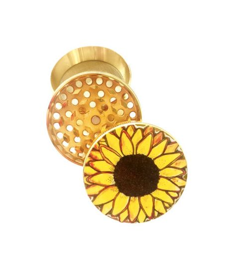 Flower Mandala Extra Large 5 Piece Spice Tobacco Herb Grinder with PollenKeef Catcher for Herb Grinders