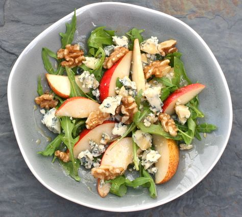 a lovely pear & blue cheese salad -NO RECIPE -just look for idea