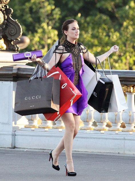 When like Blair from Gossip Girl, you're a real fashion addict! 😊 Who's lik… – Nutrition And Diet Gossip Girl Blair, Gossip Girls, Mode Gossip Girl, Estilo Gossip Girl, Gossip Girl Outfits, Gossip Girl Fashion, Gossip Girl Memes, Blair Fashion, Blair Waldorf Gossip Girl