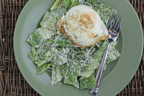 Fried Egg Caesar Salad ~ great lunch or dinner side dish | 5DollarDinners.com