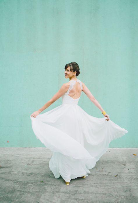Leanna Marshall wedding dress | Photo by Heather Waraksa