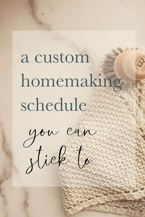Creating Your Own Homemaking Routines - Home Cleaning Schedule Cleaning Day, Diy Cleaning Products, Cleaning Hacks, Clean House Schedule, Christian Homemaking, Retro Housewife, Housekeeping Tips, Little Bit, Homekeeping