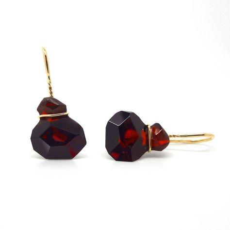 6cc8f8d16 ORRO.co.uk - Annette Ehinger – Garnet & Gold Earrings - ORRO Contemporary  Jewellery Glasgow.
