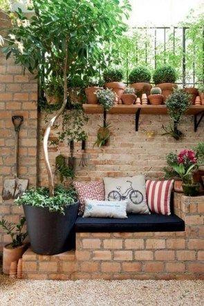 47 Enchanting Diy Vertical Planter 20 Admirable Diy Cool Garden Or Yard Brick P Small Backyard Landscaping Backyard Seating Small Backyard