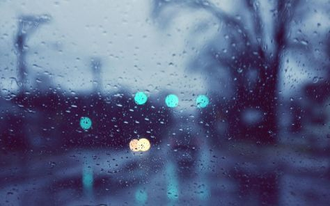 Ultra Hd 4k Rain Wallpapers Hd Desktop Backgrounds 3840x2400 Im Losing My Mind Rainy Day Wallpaper Rain Wallpapers