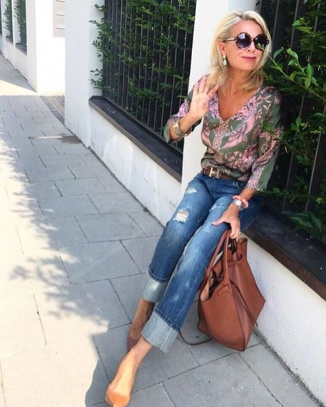 Look at this Stylish over 50 spring outfits women  #over50springoutfitswomen  #Outfits #over50springoutfitswomen #spring #stylish #women