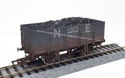 Dapol 4F-090-010 9 Plank Wagon N E Loco Coal 30990 Weathered