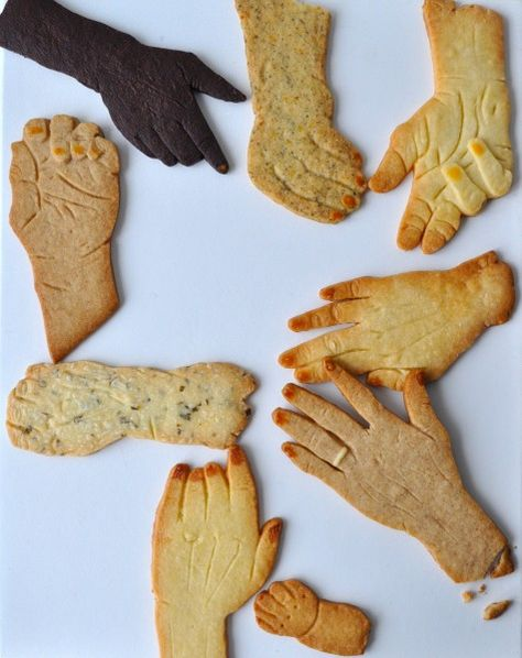 // hand cookie