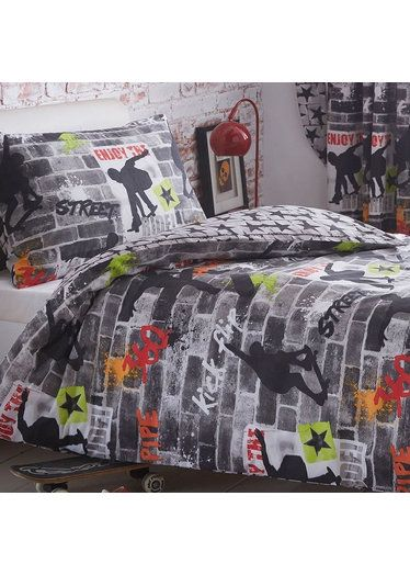 Boys King Size Bedding Tricks Skateboard and Graffiti