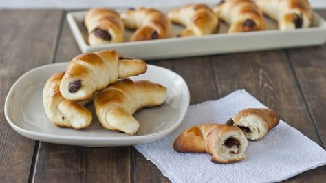 Sweet Rolls with Jam or Nutella