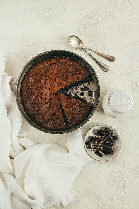 Un fondant aussi réconfortant et gourmand, celui qui me rapelle mon enfance. #chocolate #foodphotography