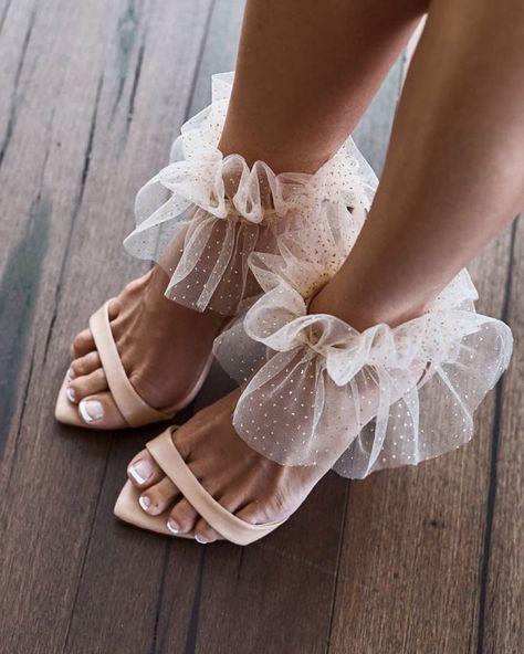 Fashion shoes - Women Wedding Sandals Shoes Pointed Toe Sandals Gladiator Shoes Thin High Heel Elegant Bride Shoe Plus Size 45 46 – Fashion shoes Look Fashion, Fashion Shoes, Womens Fashion, High Fashion, Fashion Dresses, 1960s Fashion, Fashion Killa, Fashion Details, Runway Fashion
