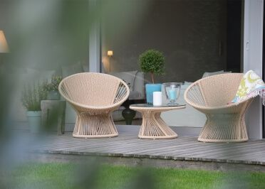 Fauteuil D Exterieur Design Noir Ou Beige Ray Lounge Par Jankurtz Mobilier Design Fauteuil Design Canape Jardin