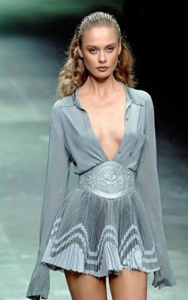 Best Fashion 90s High Runway Ideas