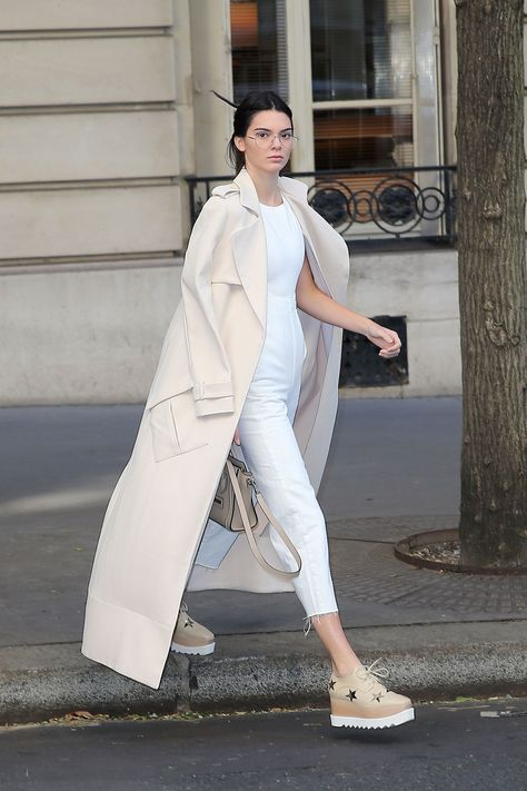 Steal Her Style: Kendall Jenner. Tips, tricks and photo inspiration on how to copy the amazing style of Kendall Jenner.