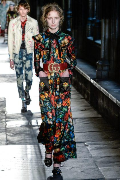 The complete Gucci Resort 2017 fashion show now on Vogue Runway.