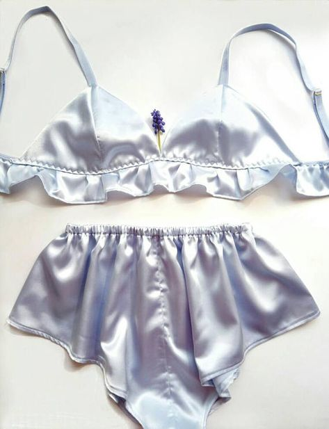 Say 'sexy lingerie' and people will think of black and red lacy peep-hole bras and crotchless panties! A poor representation of what sexy lingerie is about. Lingerie Azul, Lingerie Satin, Jolie Lingerie, Lingerie Outfits, Pretty Lingerie, Vintage Lingerie, Lingerie Sleepwear, Women Lingerie, Nightwear